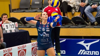 Kamilla Dale, Stod Volley