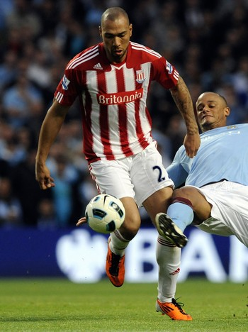 John Carew - John Carew spilte fra start mot City. - Foto: NIGEL RODDIS / Reuters
