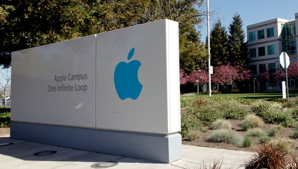 Apple - Inngangen til Apple Inc. i Cupertino, California. - Foto: Ryan Anson / Afp