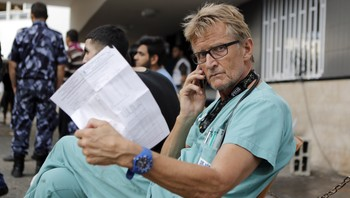 Mads Gilbert - Foto: MOHAMMED ABED / AFP