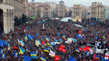 Over 100.000 demonstrerer i Kiev, Ukraina - Foto: Sergei Grits / Ap