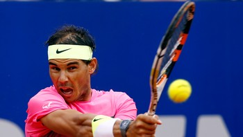 TENNIS-NADAL/ Spain's Rafael Nadal plays a shot during the final tennis match against Argentina's Juan Monaco at the ATP Argentina Open in Buenos Aires