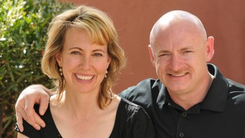 Gabrielle Giffords og Mark Kelly