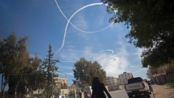 Krigsfly over Gaza