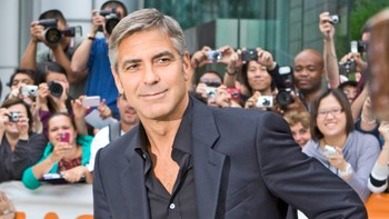 George Clooney - George Clooney er blandt arrangørene av 'Hope for Haiti Now'. Han leder showet fra Los Angeles. (2010) - Foto: Sean Kilpatick/The Canadian Press / Scanpix/AP