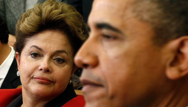 USA-BRAZIL/ U.S. President Obama meets with Brazil President Rousseff in the Oval Office of the White House in Washington - Dilma Rousseff besøkte mandag Barack Obama i det Hvite hus. - Foto: KEVIN LAMARQUE / Reuters