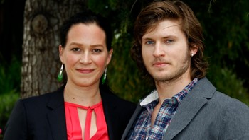 "Franka Potente og Tom Weston-Jones skal spille i den nye serien ""Copper""."