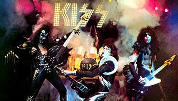 Kiss Alive - ICONIC ALBUM: Costello took the picture that was used as the cover of «Kiss Alive» - Foto: Fin Costello/Casablanca Records /