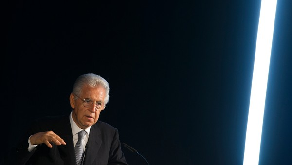 Mario Monti - Foto: THOMAS PETER / Reuters
