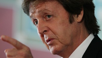 Paul McCartney - Paul McCartney vil ha en slutt på hvalfangsten. - Foto: MARK WILSON / Afp