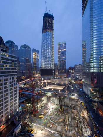 Sept 11 WTC Rebuilding «One World Trade Center» - Byggeplassen på Ground Zero med «One World Trade Center» i midten. - Foto: Mark Lennihan / Ap