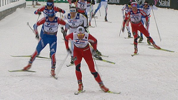 Video Northug tok spurten - Foto: Nyhetsspiller /