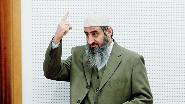 Mulla Krekar fr flere tilhengere (Foto: Solum, Stian Lysberg/Scanpix)