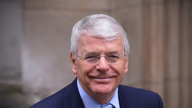 John Major (Foto: CARL COURT/Afp)