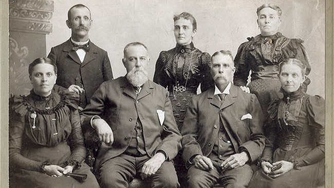 Familiebilde 1899 (Foto: Judy Breck / http://www.flickr.com/photos/goldenswamp/988411219//Flickr.com)