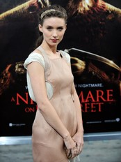 Rooney Mara, her fra premieren på «A nightmare on Elm street». (Foto: GABRIEL BOUYS/Afp)