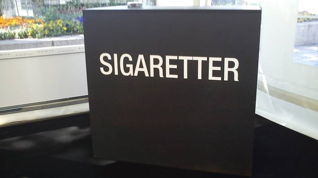 Sigaretter, Philip Morris-stand (Foto: Magnus A. Bettum/NRK/Privat)