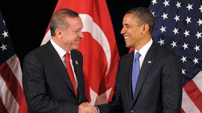 Barack Obama og Tyrkias president Erdogan (Foto: JEWEL SAMAD/Afp)