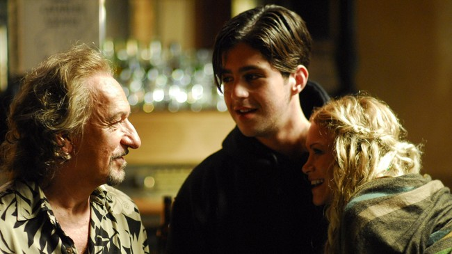 Ben Kingsley, Josh Peck og Mary-Kate Olsen i 'The Wackness'. (Foto: Foto/Copyright: SF Norge AS)