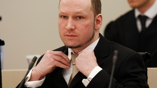 Breivik i retten 17. april (Foto: STOYAN NENOV/Reuters)