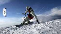 Kiting (Foto: AFP PHOTO DDP/THOMAS LOHNES/Scanpix)