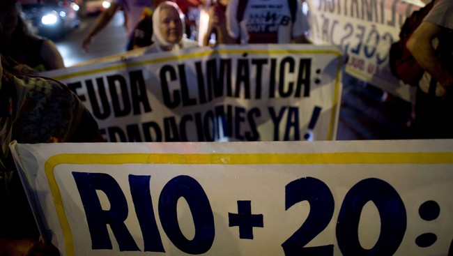 Rio+20, demonstrasjon (Foto: CHRISTOPHE SIMON/Afp)