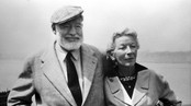 Ernest Hemingway med kone i 1961 (Foto: SCANPIX/SCANPIX)