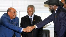 Omar Hassan al-Bashir og Salva Kiir (Foto: STRINGER/Reuters)