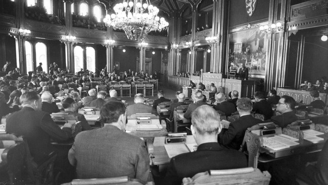 Stortinget diskuterer EEC-saken i 1962 (Foto: Aaserud, Ivar/SCANPIX)