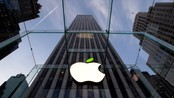 USA/ The leaf on the Apple symbol is tinted green at the Apple flagship store on 5th Ave in New York