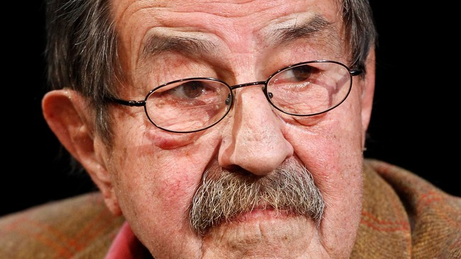 ISRAEL-GRASS/ File picture shows Nobel Literature Prize Laureate, German author Guenter Grass attends a campaign event in Hamburg (Foto: CHRISTIAN CHARISIUS/Reuters)