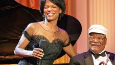 nnenna Freelon og Clark Terry (Wikimedia Commons) (Foto: Shealah Craighead  Wikimedia Commons/White House Photo Office)