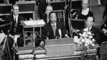 Martin Luther King holder tale i Oslo 1964