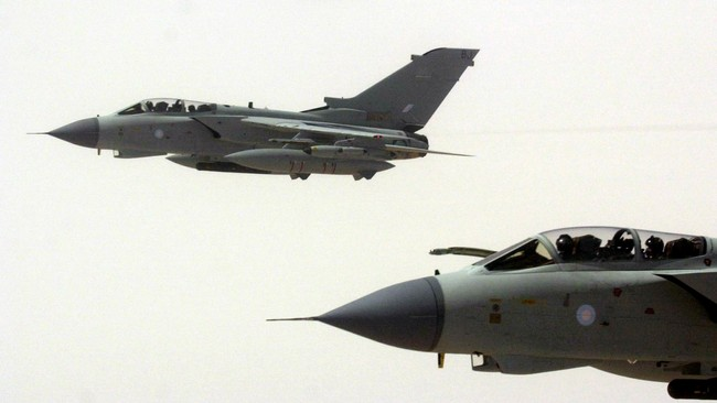 Tornado-fly fra RAF (Foto: Barry Batchelor/REUTERS)
