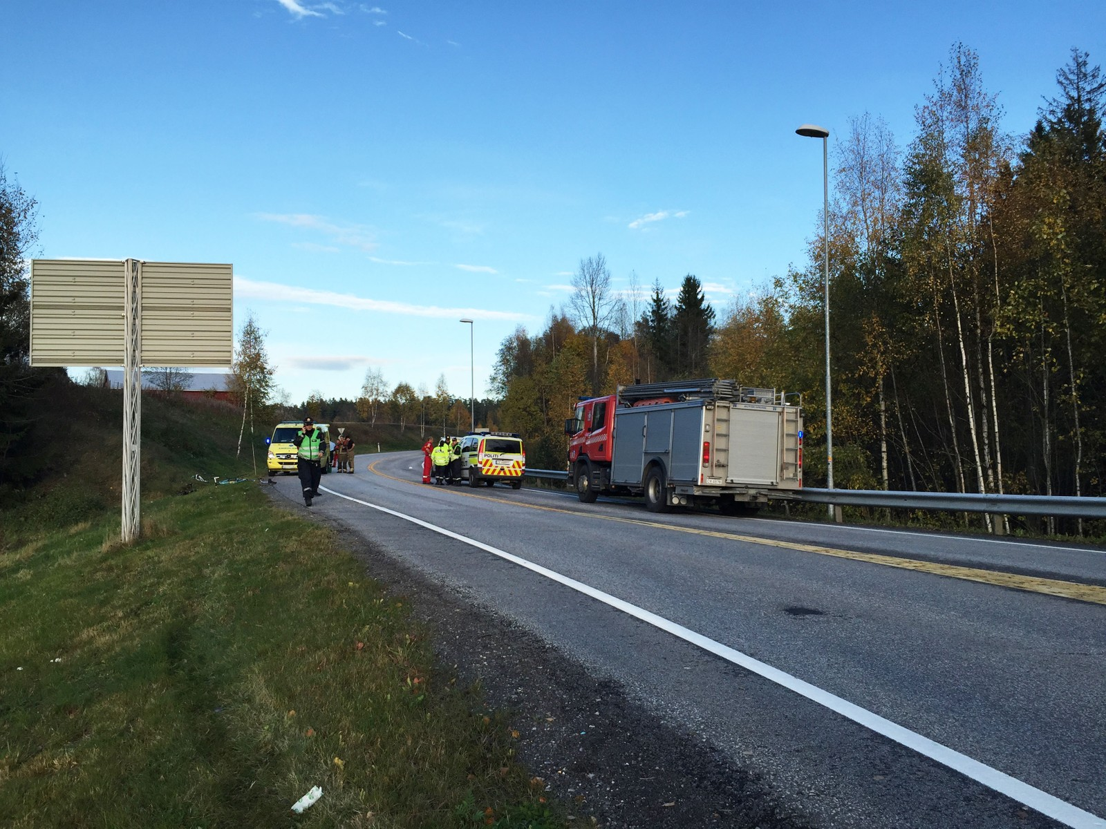 ULYKKESTEDET: Det var her Petter Omsland Nikolaisen ble påkjørt og drept for ett år siden. Nå skal han minnes på ulykkesstedet.