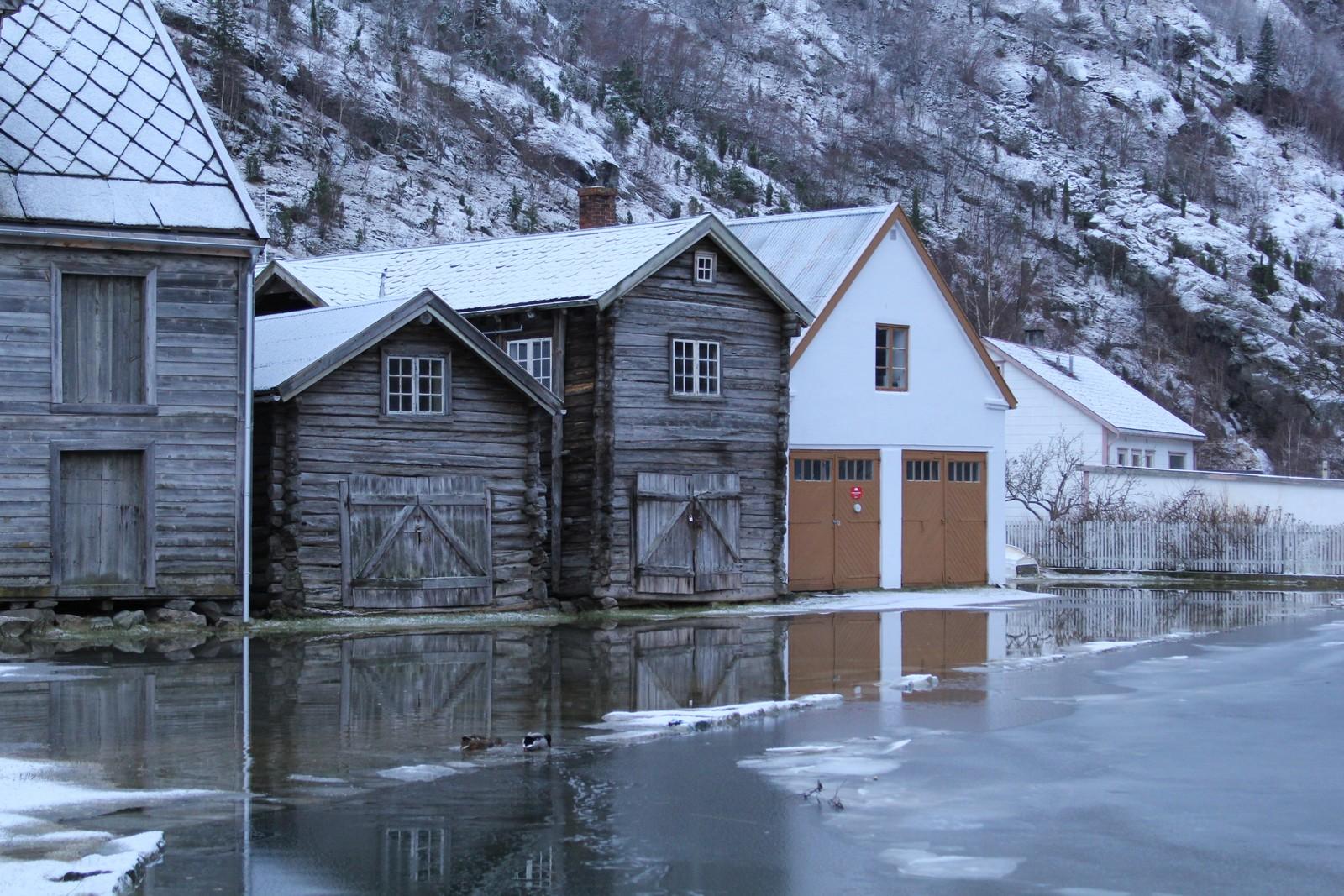 Hit nådde floda i Lærdal i dag.