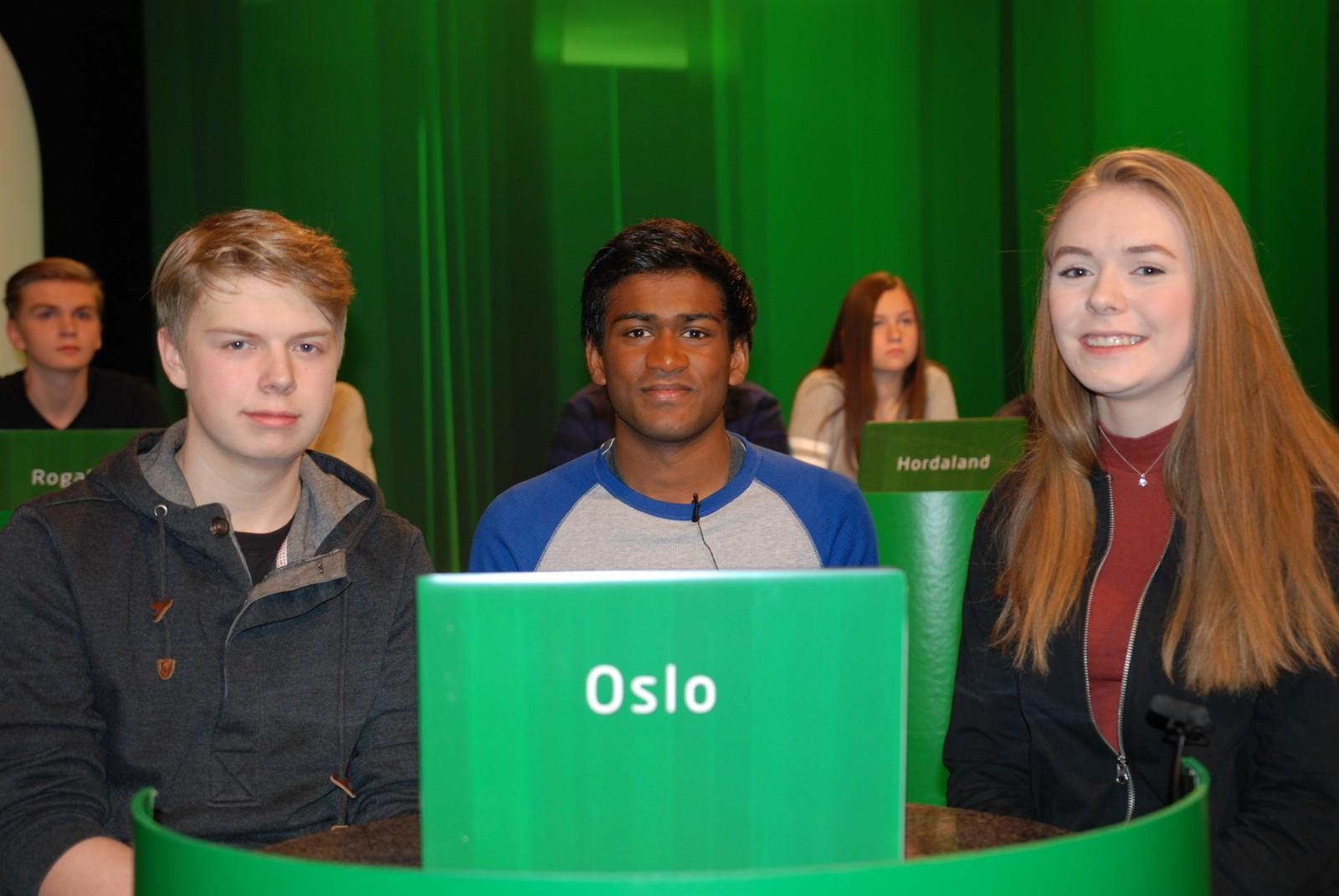 OSLO: Midtstuen skole representert ved Kristine Lauvstad Kruken, Francis Moskvil og Aroran Philip.
