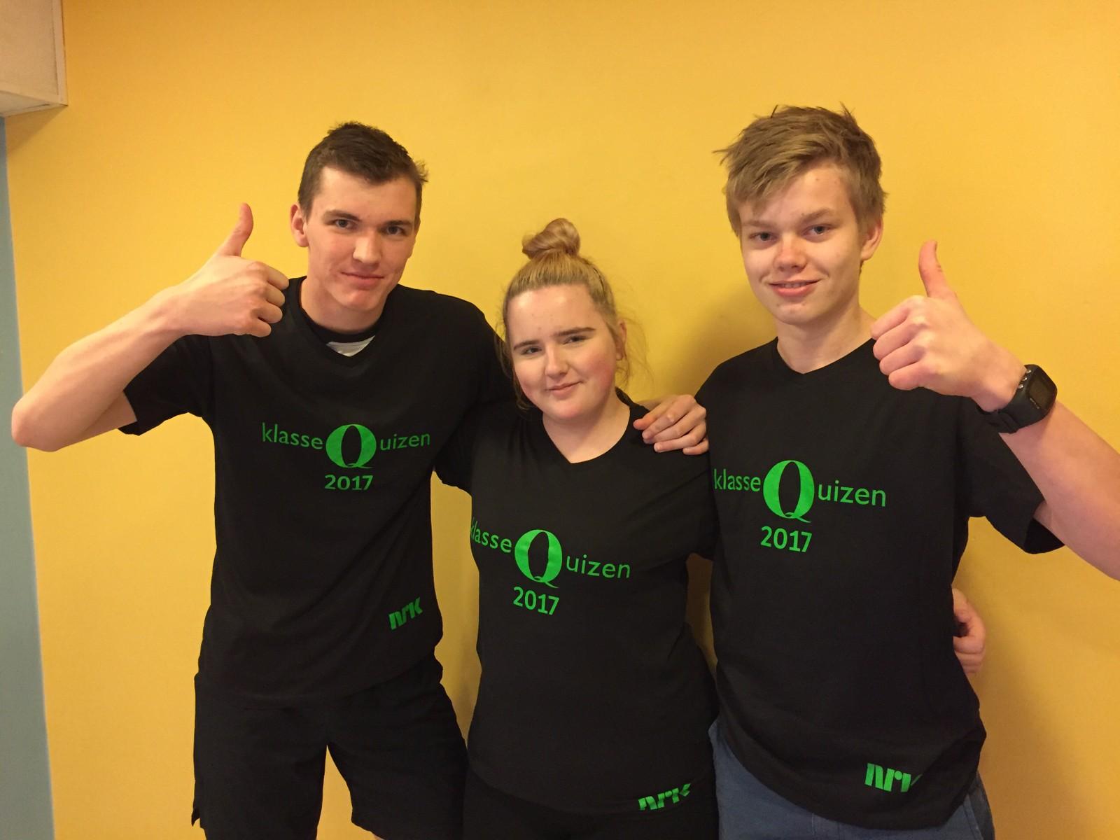 Jakob Almelid, Malin Jøråsen og Olger Johannes Fosse Ramstad fra Sør-Fron ungdomskole fikk fire rette.