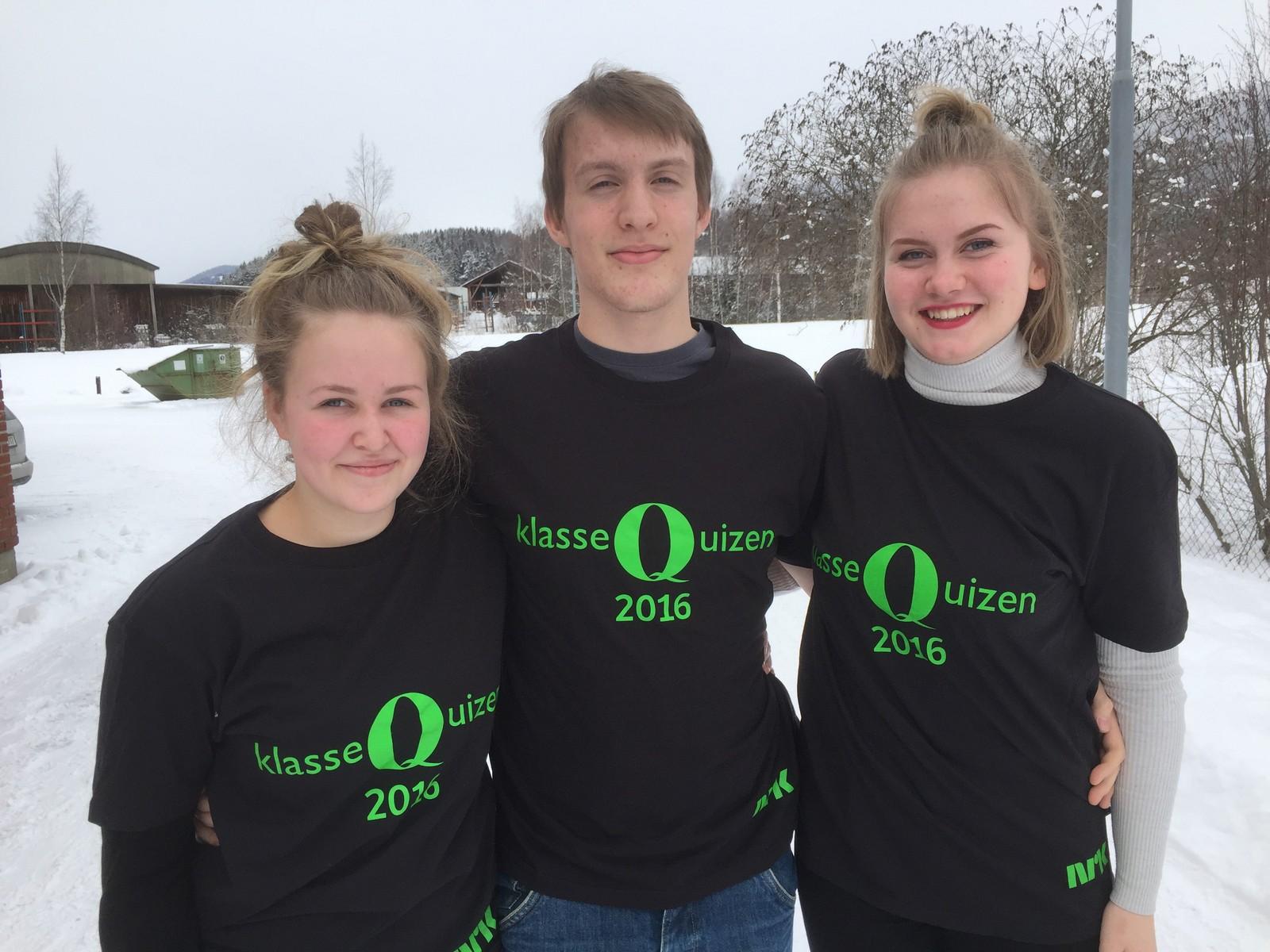 Åtte poeng til Ruben Skårsmoen, Kristine Thujord og Katrine Kvalvik fra Ringebu ungdomsskole.