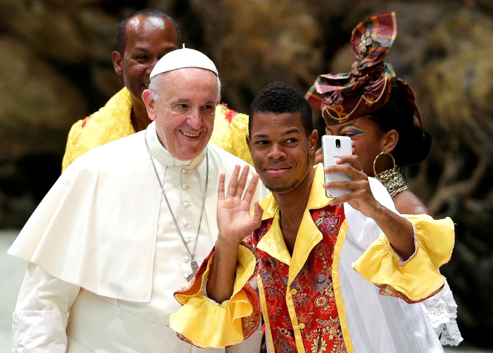 Audiens hos pave Frans i Vatikanet.