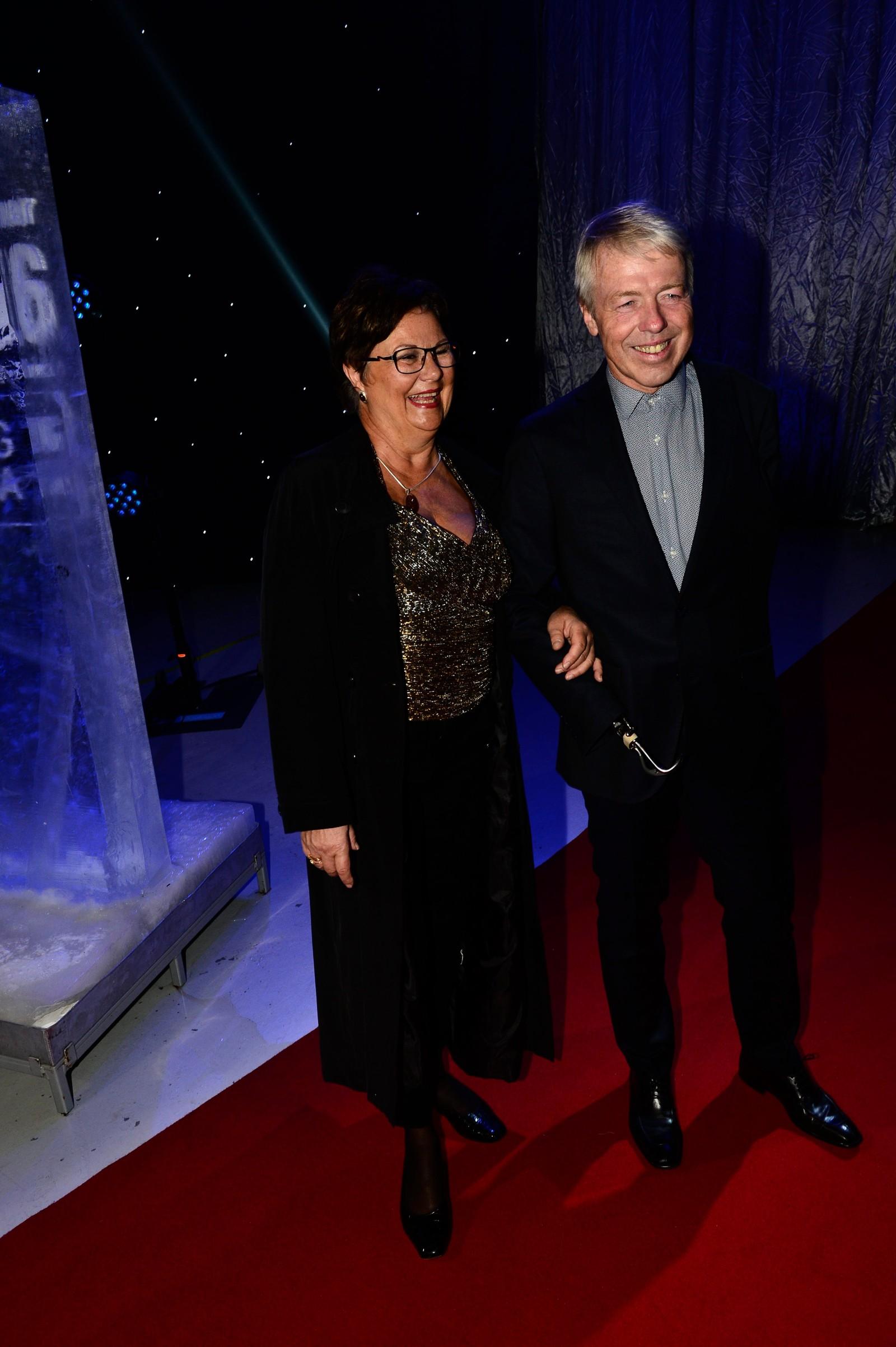Cato Zahl Pedersen sammen med kona Märtha Bertheussen.