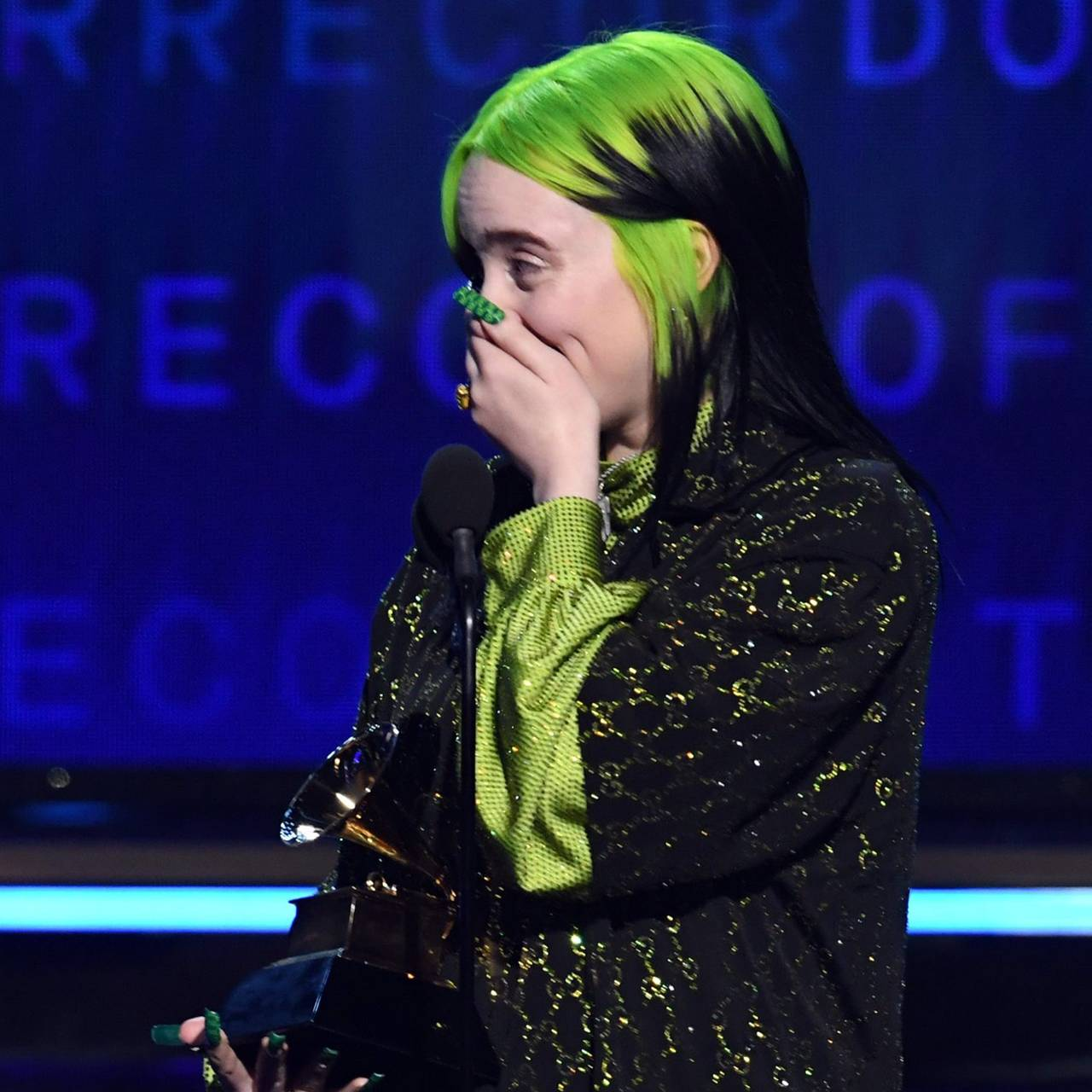 Billie Eilish vinner  Record of the Year award
