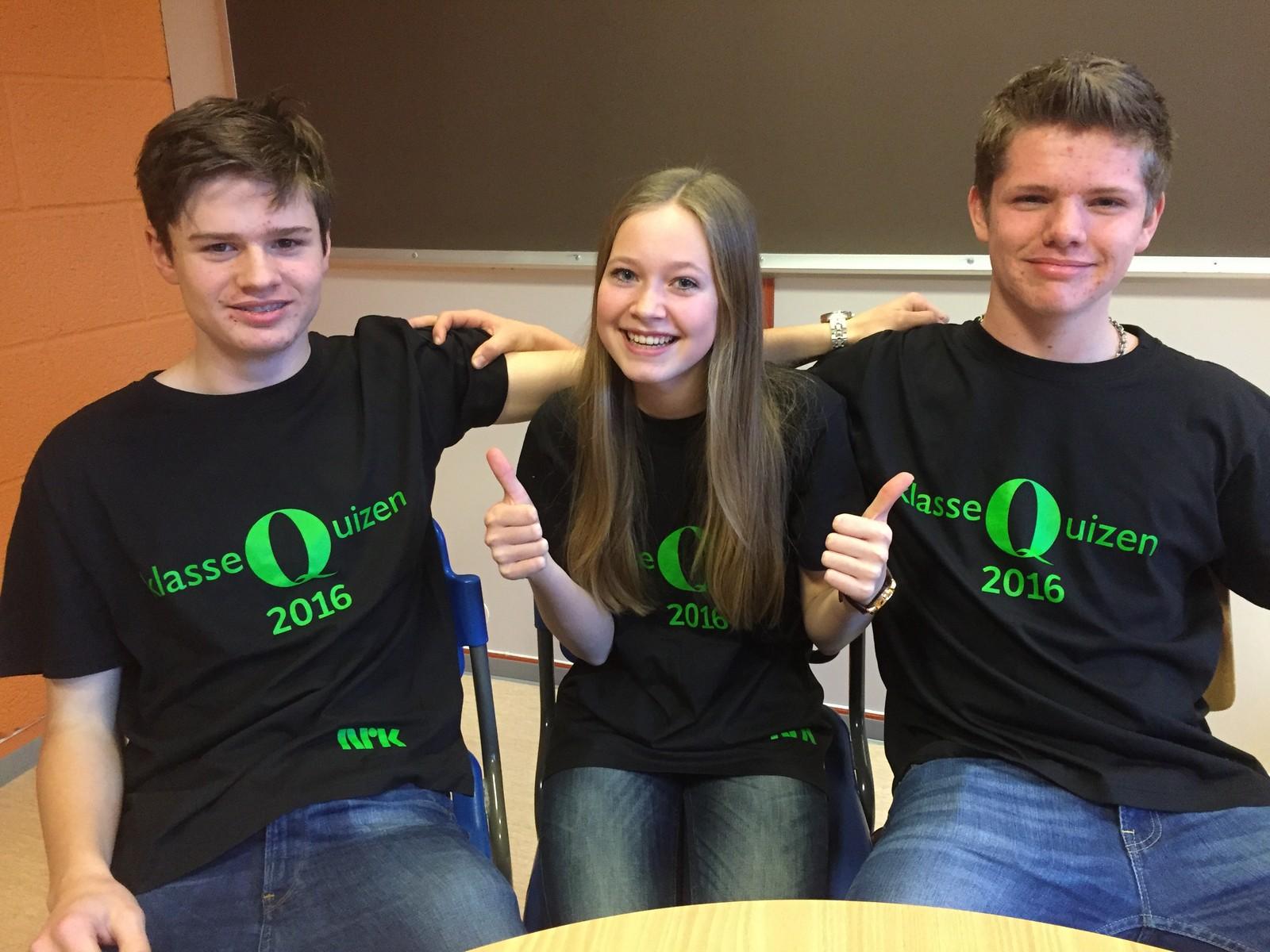 Simen Høgsnes, Sigrid Warberg Vestheim og Rune Grobbakken fra Øystre Slidre ungdomsskule fikk 8 poeng i Klassequizen.
