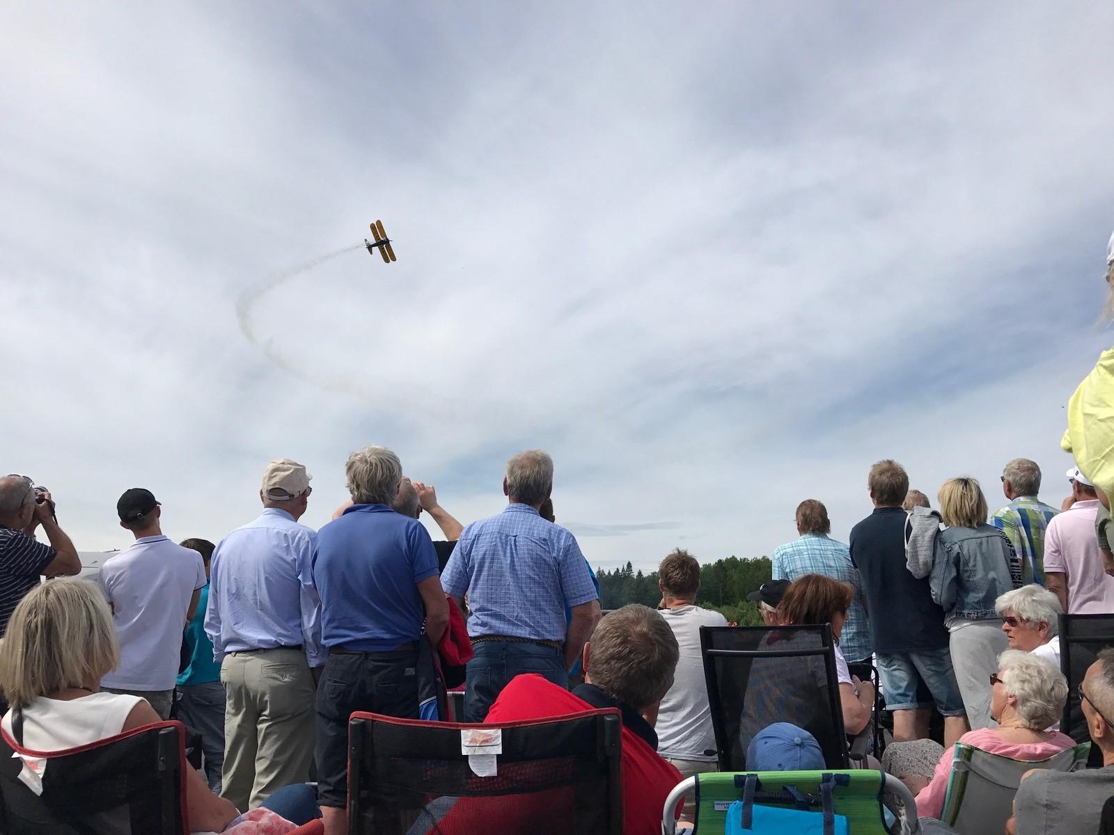 Flyshow på Gullknapp.