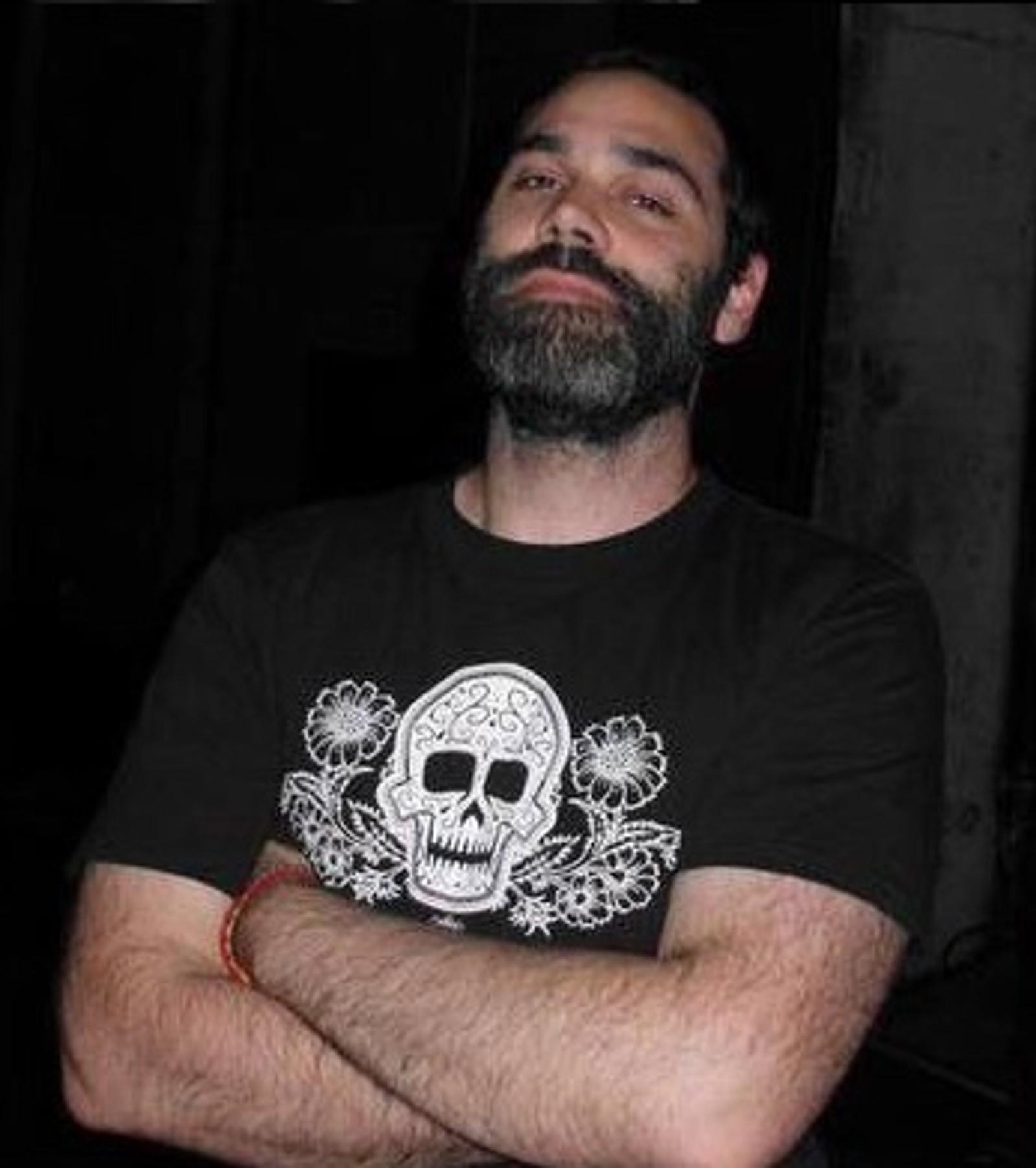 DREPT: Christophe Foultier (39) jobbet med kommunikasjon for Havas Life. Christophe ble drept på konserten i Bataclan.