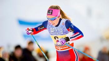 Maria Strøm Nakstad i verdenscuprennet i langrenn på Lillehammer 06.12.2015