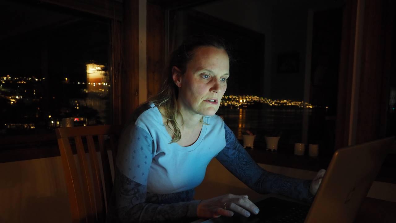 Mette Maja Bredal Irgens er frivillig i organisasjonen Rådgivning om spiseforstyrrelser (ROS) I koronatiden har hun i blant svart på chatt