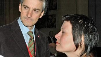 Helga Pedersen og Jonas Gahr Støre på landsmøtet