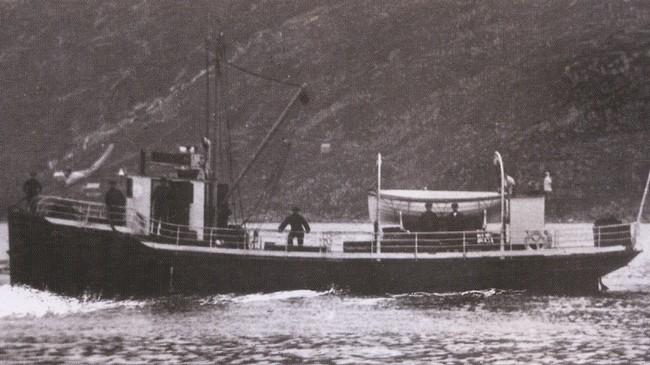 """MS """"Vaagsøy"""" var ein av dei to første mortordrivne båtane i selskapet. Ukjend fotograf. Eigar: Fjord1 Fylkesbaatane."""