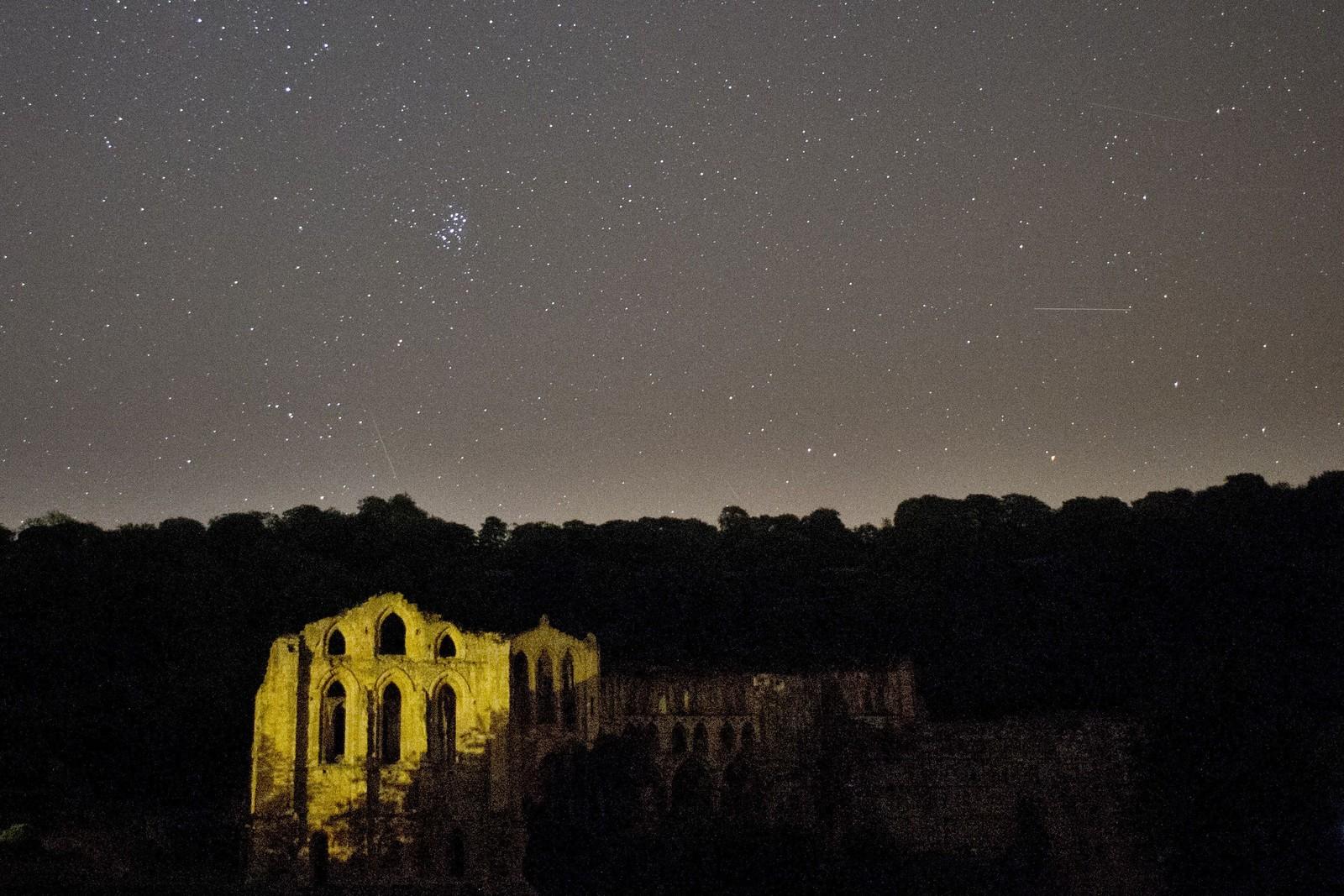 Perseidene kunne ses på himmelen denne uka, og dette bildet er tatt i nord-England.